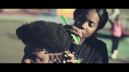 Официално видео ! Wiz Khalifa - Black And Yellow