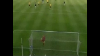 Шведски футболист отпразнува гол с нацистки поздрав