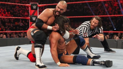 Bobby Roode & Chad Gable vs. The Revival - Raw Tag Team Championship Match with Special Guest Referee Curt Hawkins: Raw,