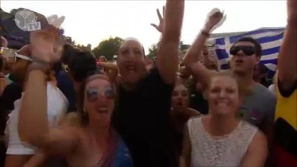 Tomorrowland 2013 Nicky Romero vs Afrojack vs David Guetta (hd)