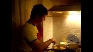 Йоско готви