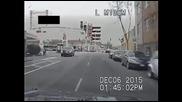 Жестока гонка между полицията и бандит завършва със зрелищна стрелба!