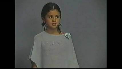 Selena Gomez and The Scene - Girl Meets World (episode 1)