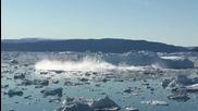 Разтопяване на Огромен Айсберг във East - Greenland за 2 Минути