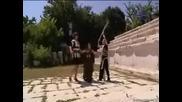 Коцето, Райна И Експоус В Една Пиеса
