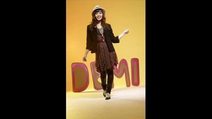 Demi Lovato ili Nina Dobrev