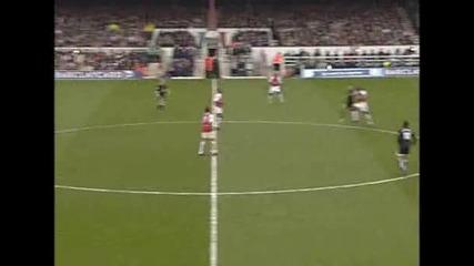 Гол на Анри срещу Манчестър Юнайтед