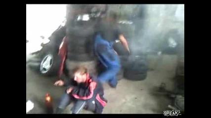Тази гума как експлодира