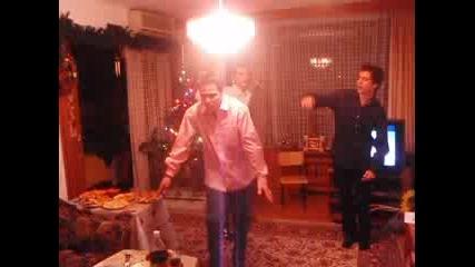 piinie, tanci i futbol na nova godina :)