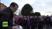 Великобритания: Феновете на Ливърпул протестират срещу новите цени на билетите