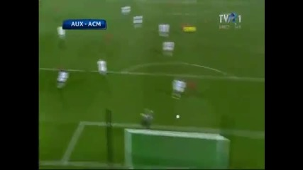 Youtube.com 23.11.2010 Auxerre Milan 0 - 2 highlights Uefa Champions League 2010 2011