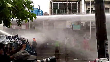 India: BJP supporters clash with police in Kolkata protests
