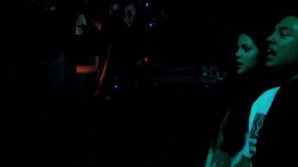 Селена и Алфредо танцуват на Beauty and a Beat - Justin Bieber ( Live in Minneapolis 10-20-12 )