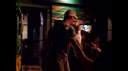 Джон Сина пиян и пее Кънтри музика