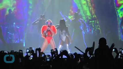 Miley Cyrus Slams Indiana Governor Mike Pence Over Bill Allowing Discrimination Against Gays