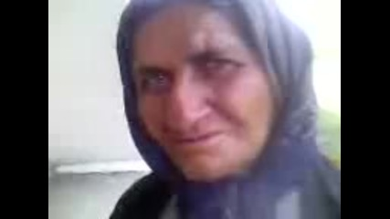 Смешна баба не може да каже акумулатор
