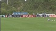 Португалия тренира, Бенто даде почивка и на Пепе