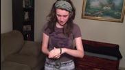 Момиче успява да измъкне ръцете си от белезници