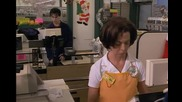 Надрусан си представя, че танцува на макарена в супермаркета