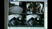 Извънгабаритен камион замалко да избие рейс с хора