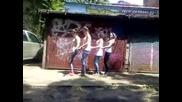 Пингвински танци!:))