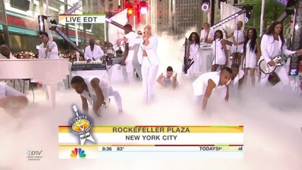 Lady Gaga - Someone To Watch Over Me & Bad Romance - The Today Show