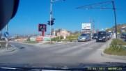 Опит за минаване на червен сигнал във Варна