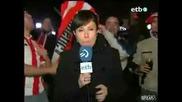 Фен Се Гаври С Репортерка