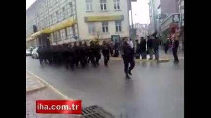 "Turk polisi ozel harekat = "" Boz kurtlar """