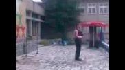 Емил Прешелков - Сланце Се Стега Да Заиде.Razlog
