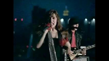 Превод Demi Lovato - Get Back