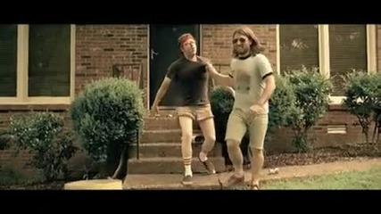 Billy Currington - Pretty Good At Drinkin [offcial video]