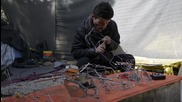 Greece: Kurdish refugee builds remote control cars for Idomeni children