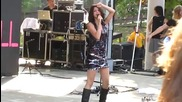 Selena Gomez - Tell Me Something I Dont Know - Live at Six Flags St. Louis 8222010