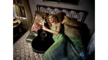 Taylor Swift - Teardrops On My Guitar (Оfficial video)