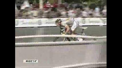 26.07 Марк Кавендиш спечели последния етап от Tour De France 2009