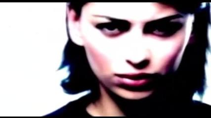 Nikos Makropoulos - Mi Me Les Egoisti -- Official Video Clip