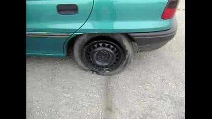 Opel Astra Garmi Gumi