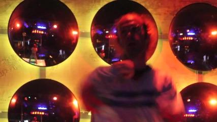 New! Flo Rida - Let It Roll ( Официално видео H D )
