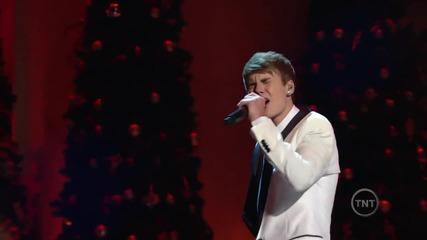 Невероятен//justin Bieber пее пред Обама • Mistletoe •