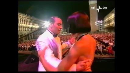 Julio Iglesias in Venice ' 01 - La Cumparsita