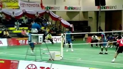 Волейбол с крака -