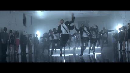 + Превод Chris Brown - Turn Up The Music