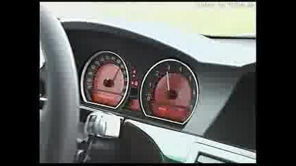 Bmw 745i На Пътя С 160км/ч