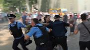 Ukraine: Arrests made as protesters try to storm Odessa's city hall