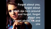 Jojo - Keep forgetting (to forget about you) lyrics + бг превод