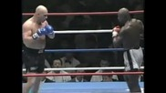 Ernesto Hoost vs Mike Bernardo