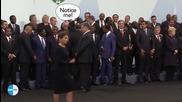 Обама се направи че не познава Петро Порошенко