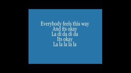 Avril Lavigne - Everybody Hurts +lyrics