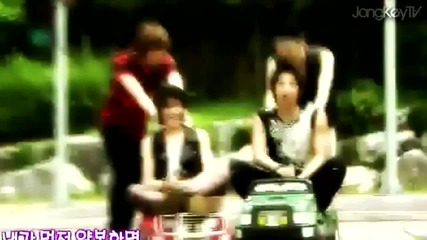 Jongkey moments 55 # Save enerdy traffic safery song